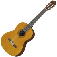 Yamaha - C40 klasszikus gitár ajándék puhatok