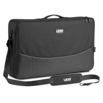 UDG - U7102BL Urbanite MIDI Controller Sleeve Large Black