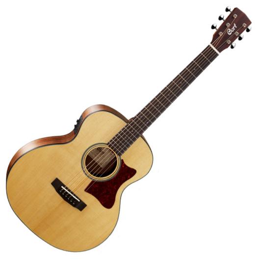 Cort akusztikus gitár, kis jumbo test, Fishman PU, natúr